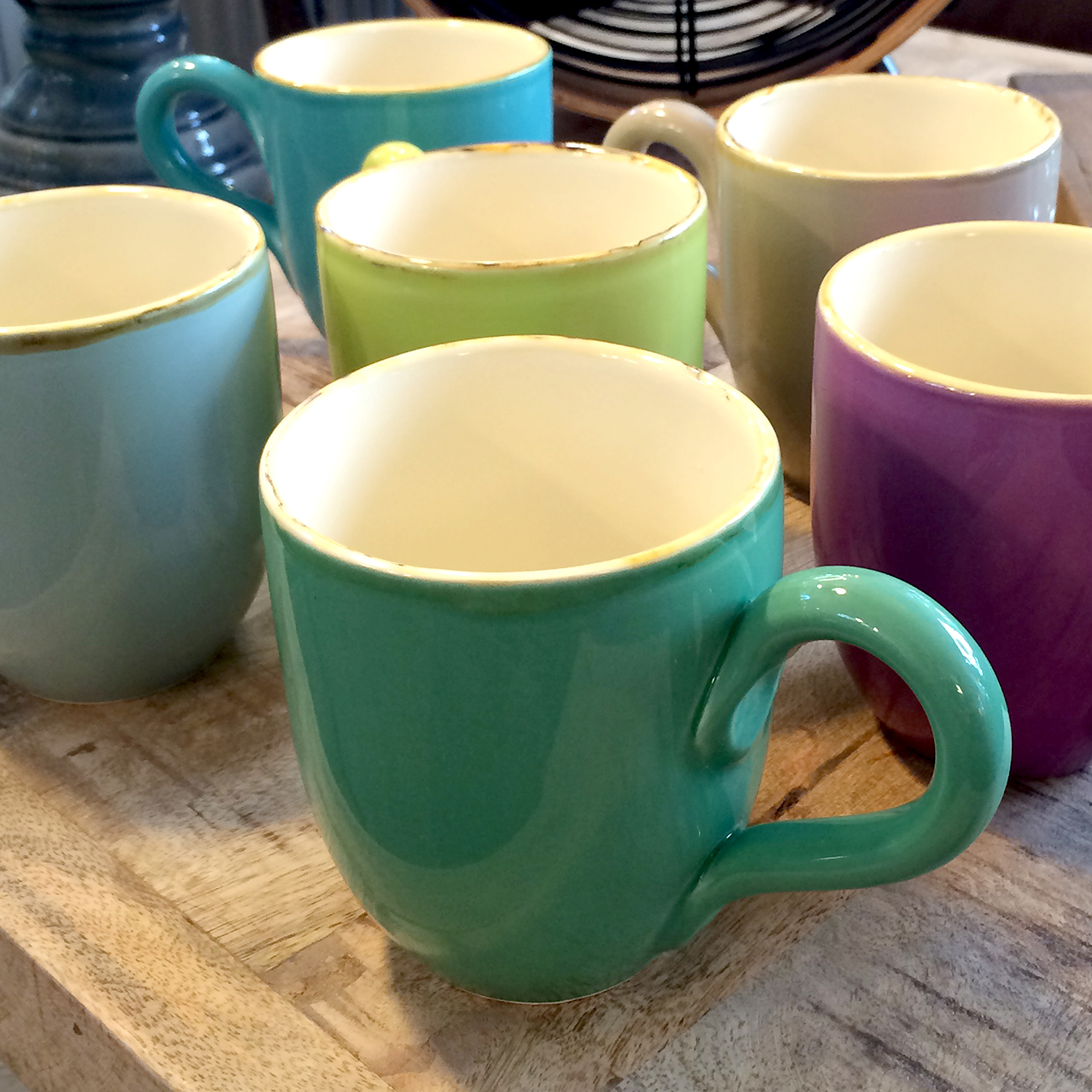 Italienische keramik von gr n form becher in 6 farben for Italienische tischleuchten