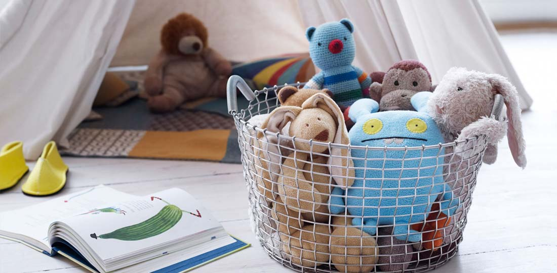 Korbo Stahldrahtgeflecht Korb Classic 35 Ambientefoto mit Spielsachen
