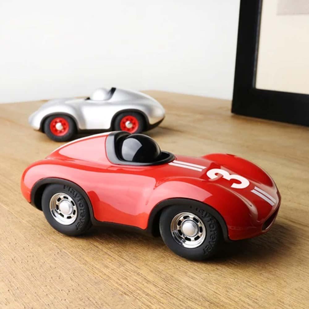 playforever-auto-701-speedy-le-mans-rot-lichtraum24-03