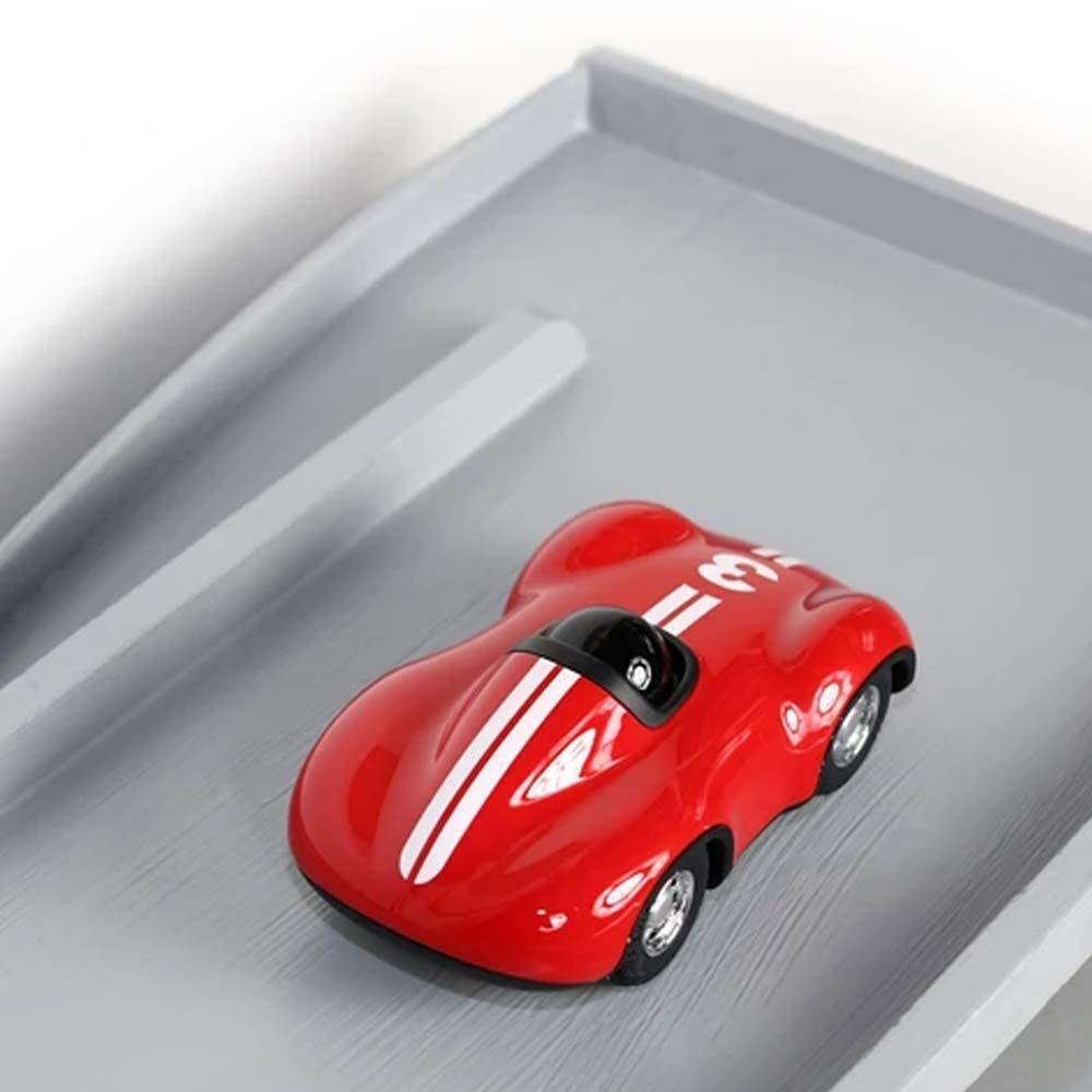 playforever-auto-701-speedy-le-mans-rot-lichtraum24-02